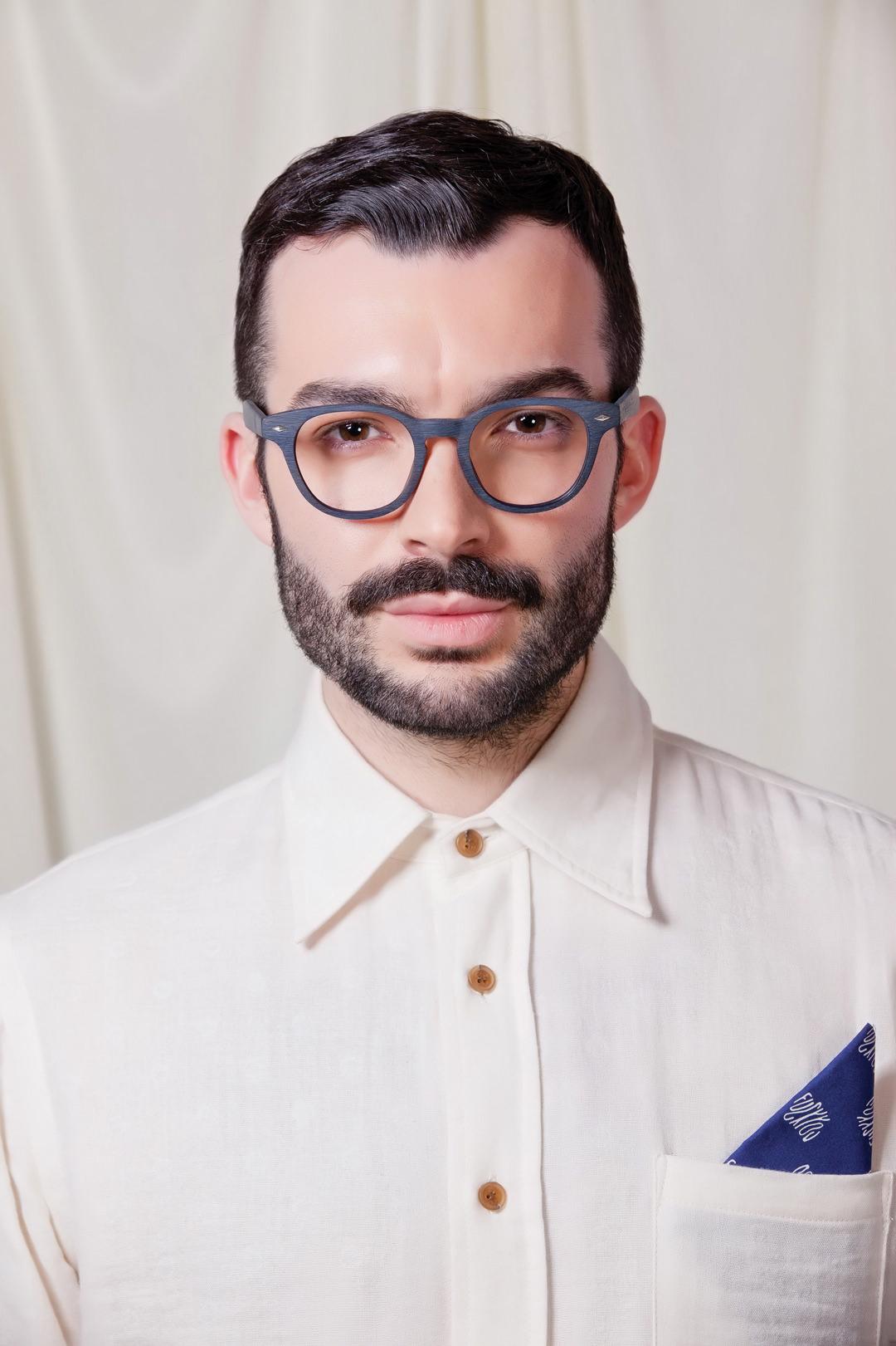 Man wearing Brooklyn Spectacles Monti eyeglasses in Navy.